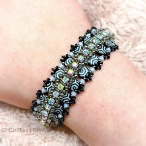 glacier lagoon bracelet - white/black