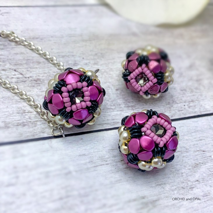 Orchid Oasis Beaded Bead 1