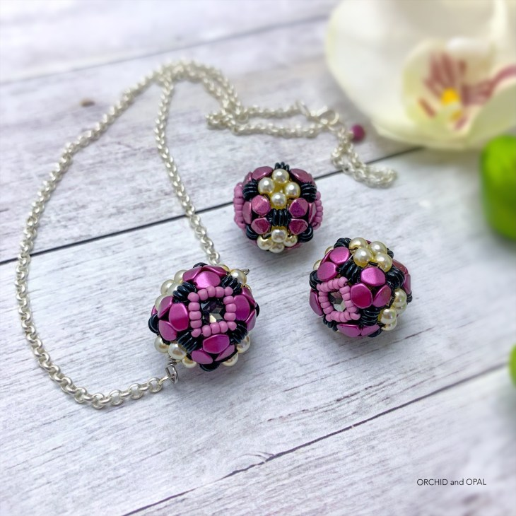 Orchid Oasis Beaded Bead 2