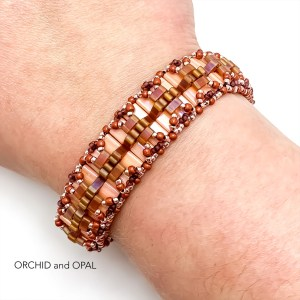 Pleated Tila Beaded Bracelet - Peach/Rose Gold