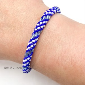 russian spiral beaded bugle bracelet blue/white