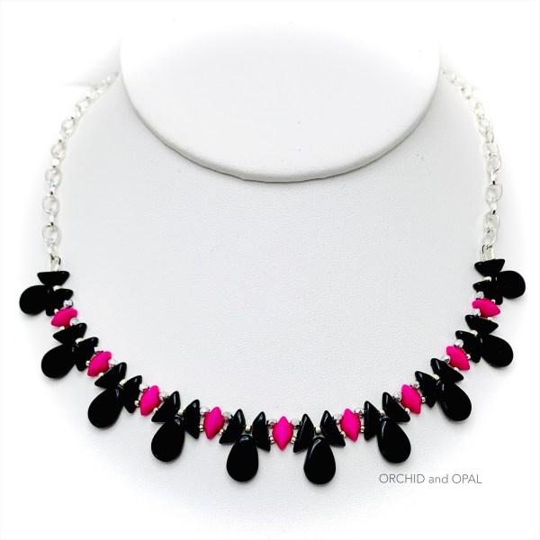 tantalizing tinos necklace black pink