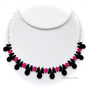 tantalizing tinos necklace black pink