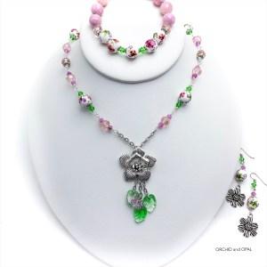 Porcelain Floral Beaded Pendant Necklace Set