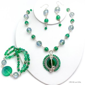 Wire Wrapped Green Aventurine and Crystal Pendant Necklace Set