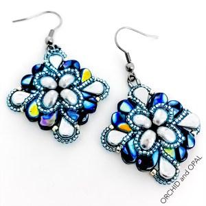 paisley flourish earrings blue