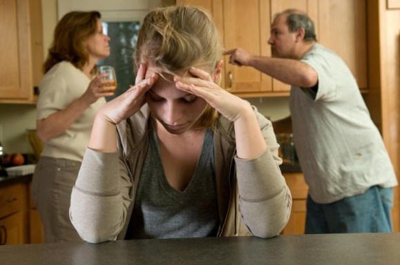 6 Ways Your Family's Alcoholism Affected You