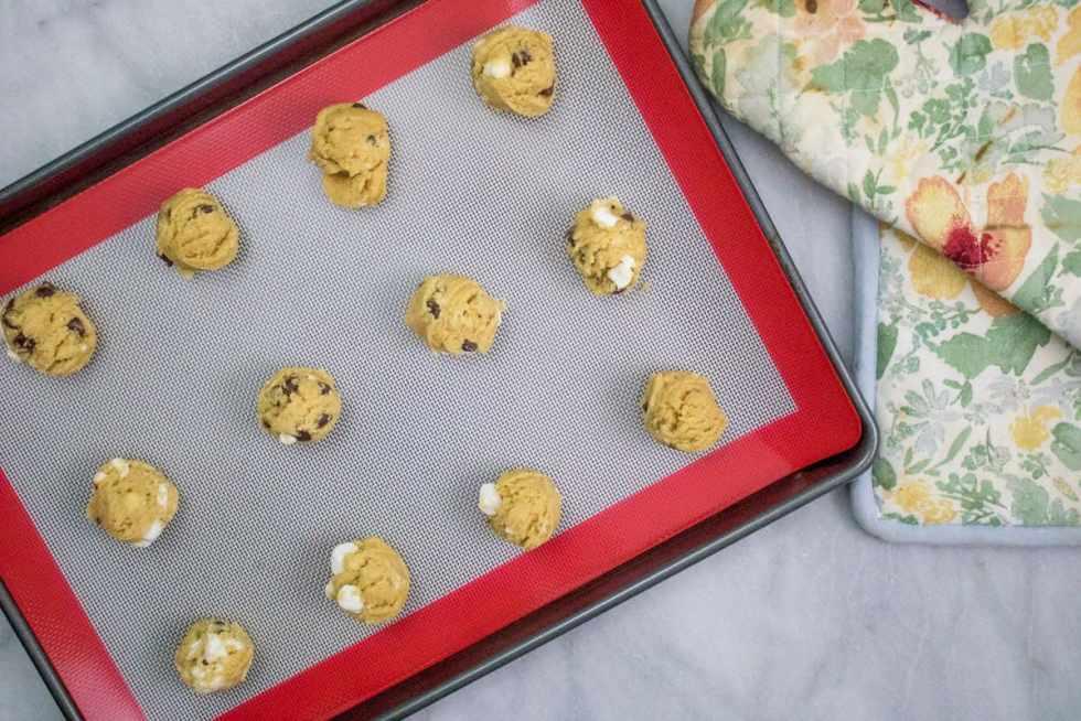 Gooey Marshmallow Chocolate Chip Cookies