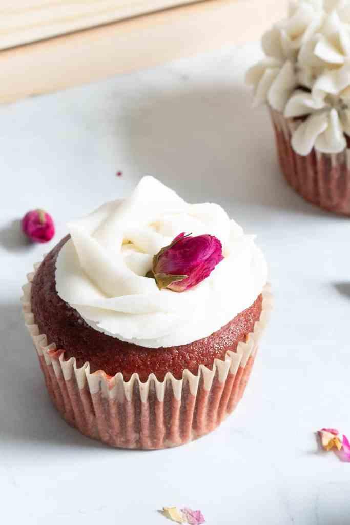 Vegan Red Velvet Cupcakes + Vanilla Buttercream