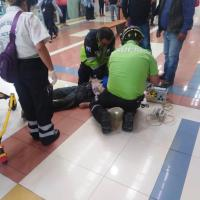 MUERE ADULTO MAYOR AL INTERIOR DE PLAZA COMERCIAL EN TOLUCA