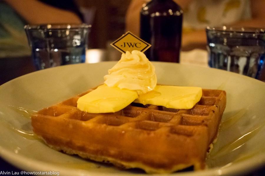 the peninsular cafeteria melaka original waffle