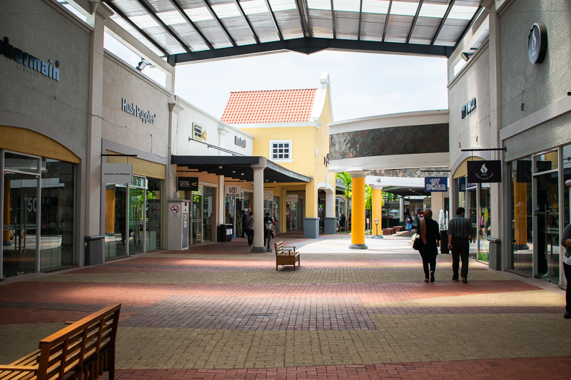 malacca premium outlet review