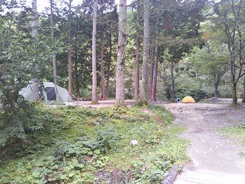 小黒川渓谷キャンプ場林間サイト