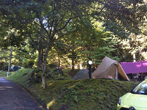 小黒川渓谷キャンプ場オートサイト