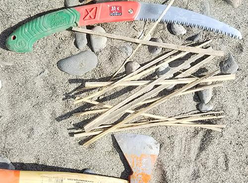 焚き付け用竹
