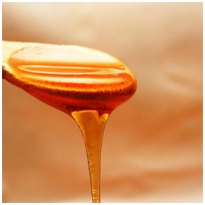 DIY honey mask for your face