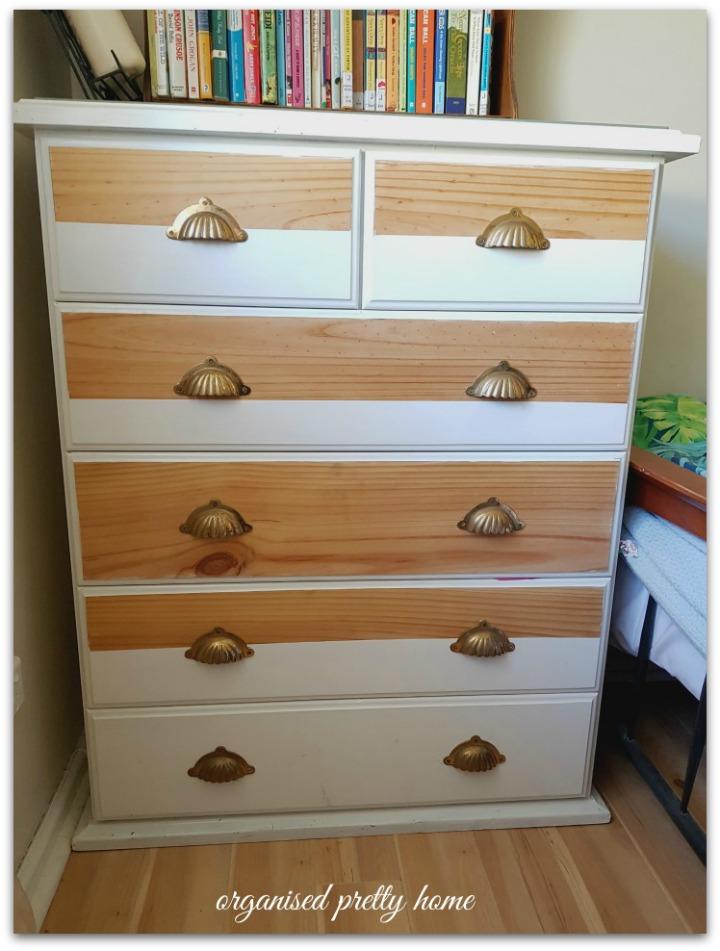 tween girl's bedroom drawers or dresser