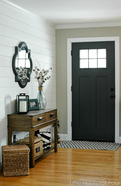 paint the inside door - easy entryway ideas