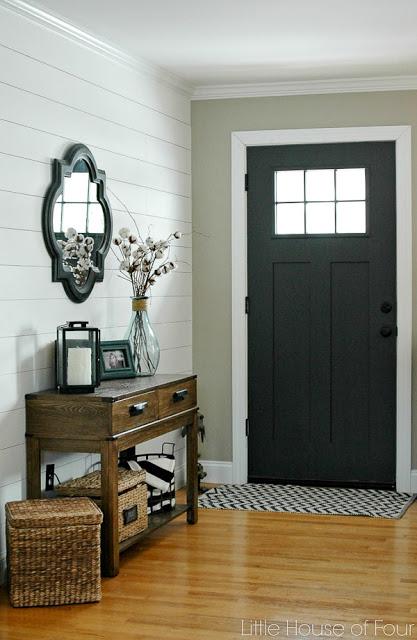 paint the inside door - easy entryway ideas