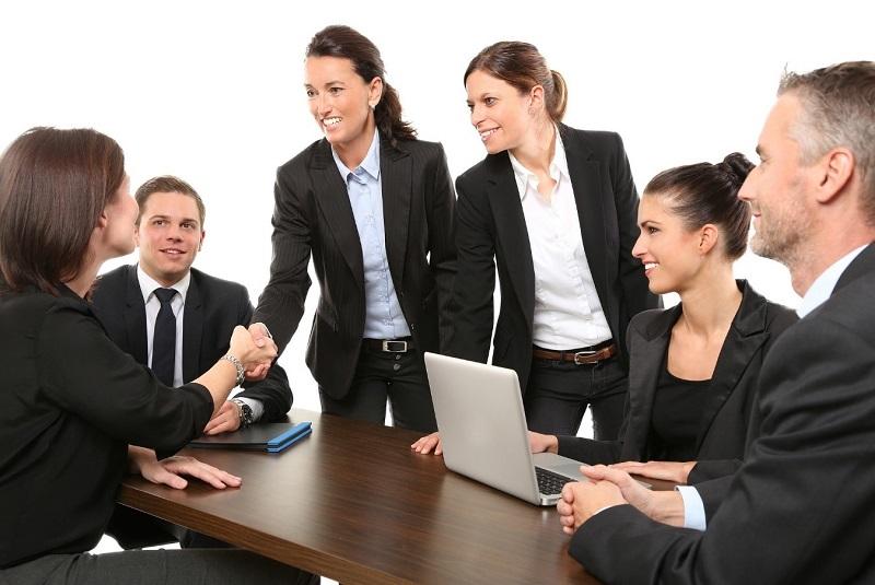 grupo de trabajo emprender emprendimiento primera impresión