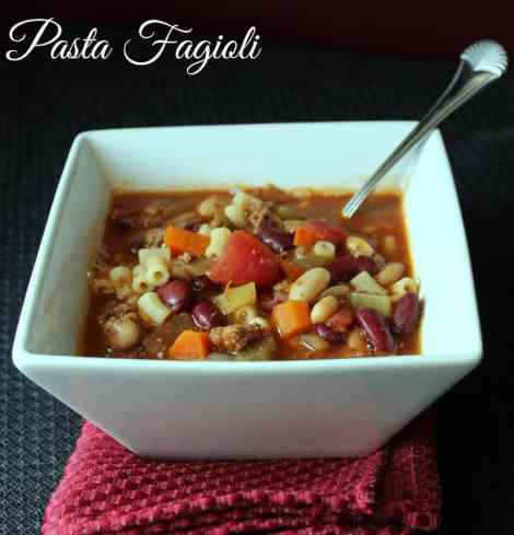 Pasta Fagioli Soup {Copy Cat Olive Garden Recipe} 327 calories and 5 weight watchers points plus