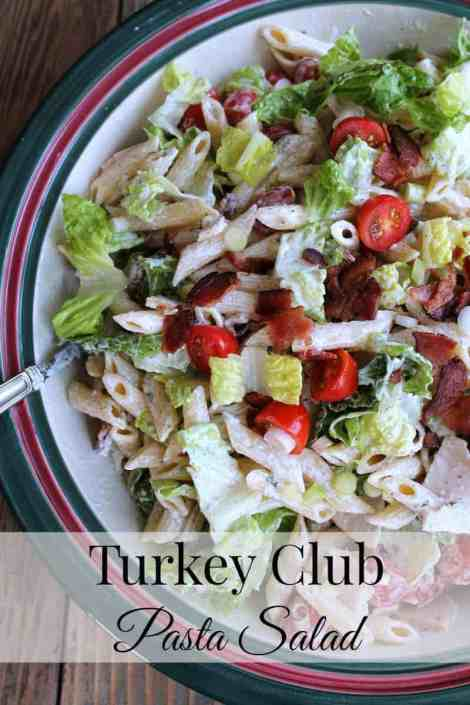 Turkey Club Pasta Salad #Barillalovesmoms @BarillaUS 317 calories 7 weight watchers points plus