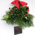 DIY Christmas swag, make an easy front door decoration