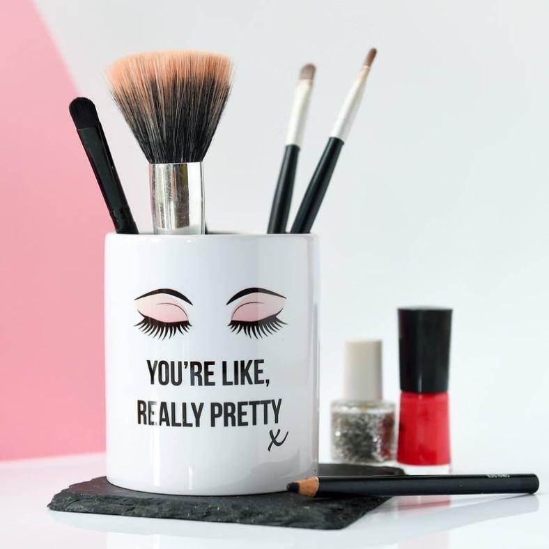 Makeup brush pot
