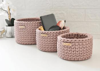 Organizers for bathroom vanity- crochet
