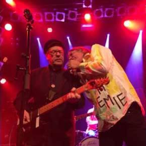 Tapete Records im Knust: Legenden zum Schnäppchenpreis