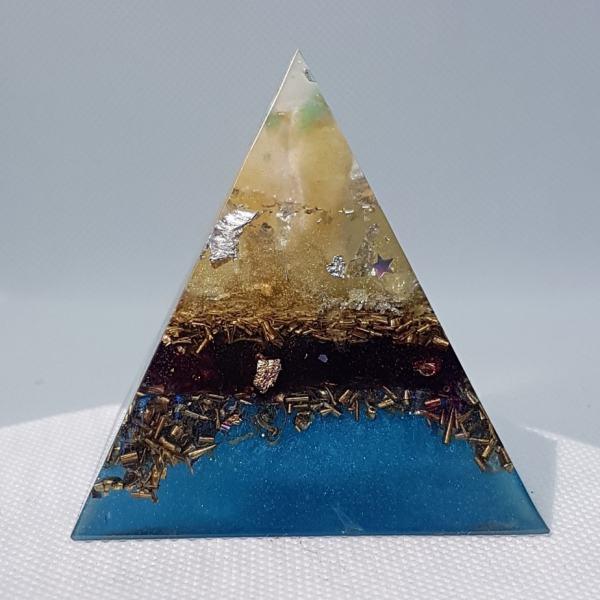 Moroccan Veils Orgone Orgonite Pyramid 6cm 1