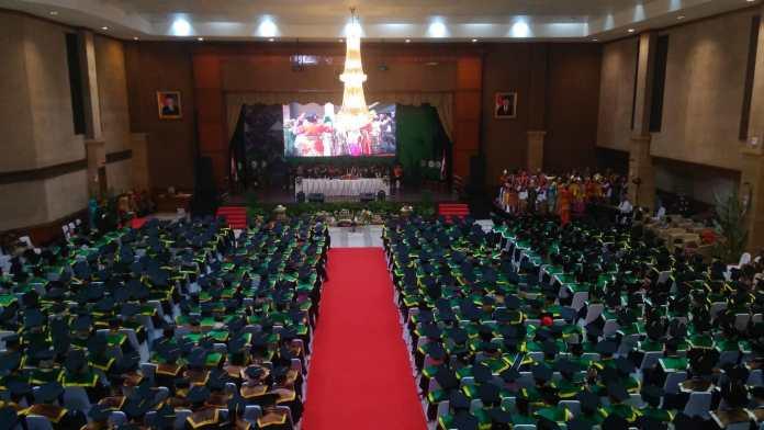 65 Mahasiswa Polbangtan Manokwari Diwisuda di Auditorium Kementerian Pertanian