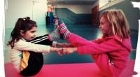 Desde hace algún tiempo es fácil leer y documentarse sobre los beneficios de la práctica del Yoga para niños/as. Además de conseguir un ambiente tranquilo y relajado, está comprobado que […]