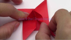 origami 4 petal flower origamitree.com