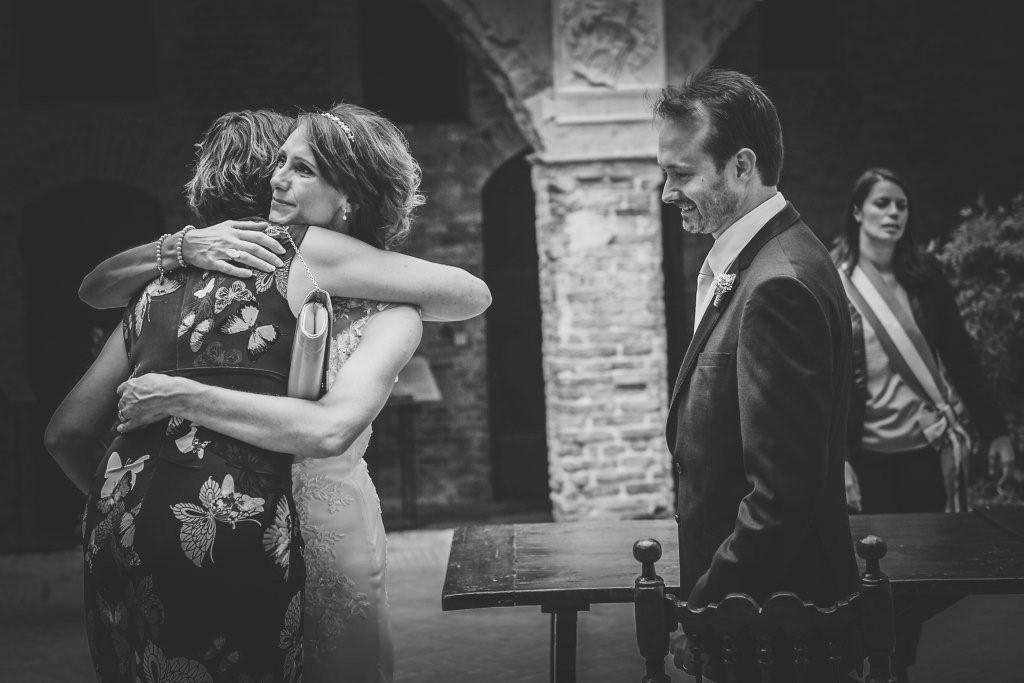 Hilary & Mark wedding in Tuscany