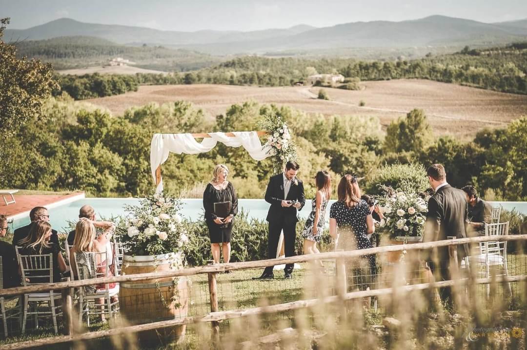 James & Jennifer wedding in Tuscany