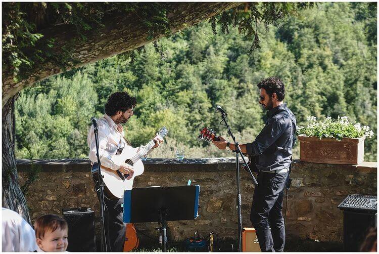 fun guitar duo wedding