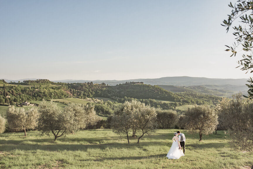 Claire & Mark wedding in Tuscany countryside