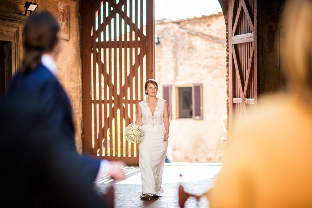 romantic elopment in Tuscany