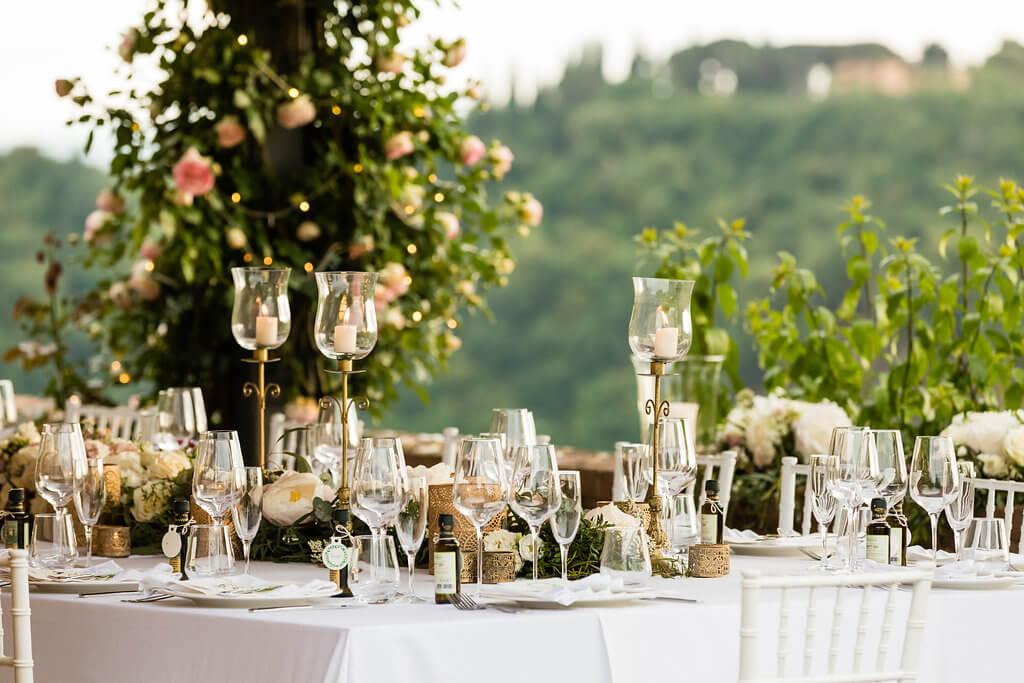 wedding dinner in a tuscan villa