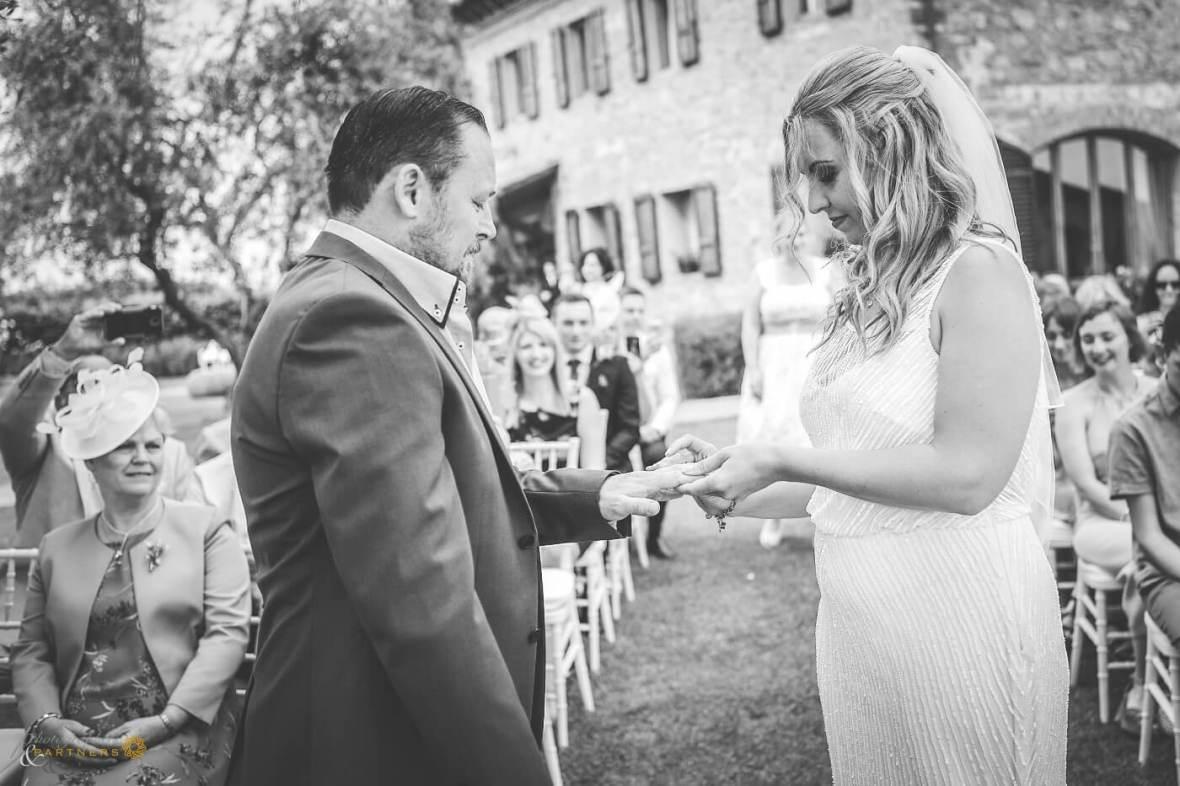 civil wedding in San Gimignano