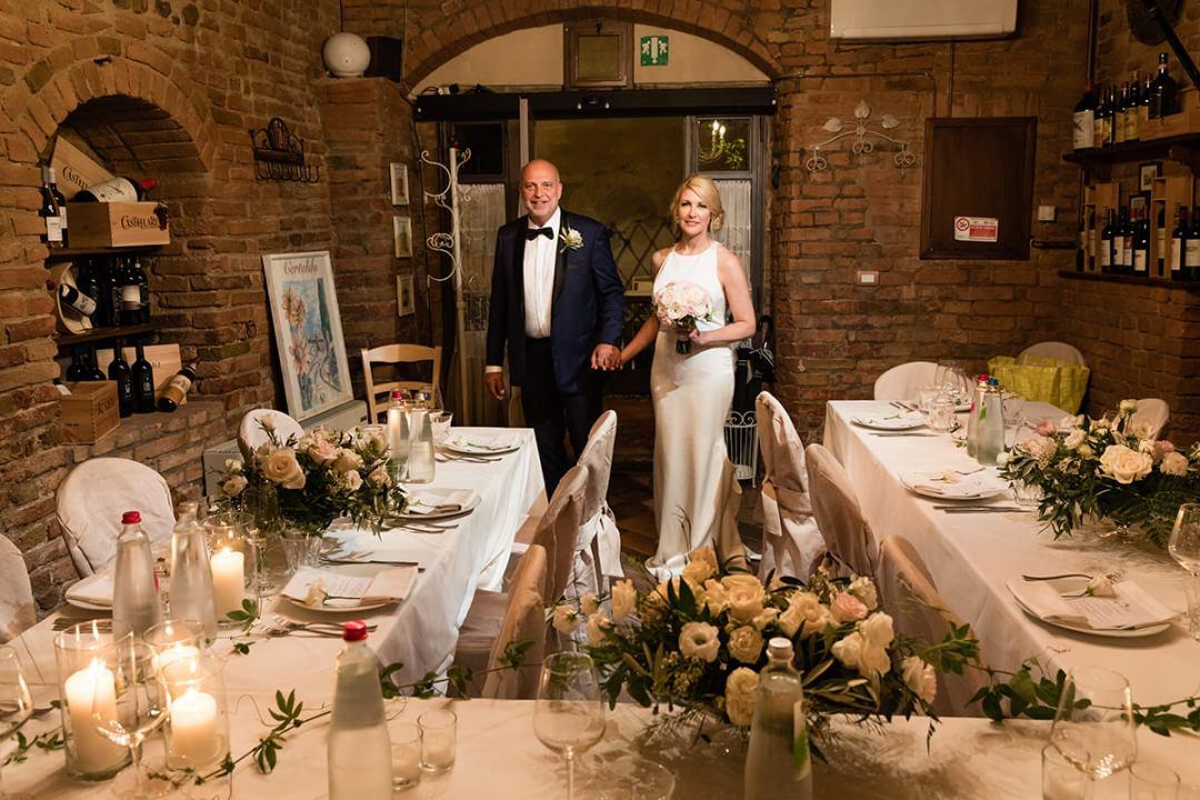 wedding reception in a restaurant in Tuscany