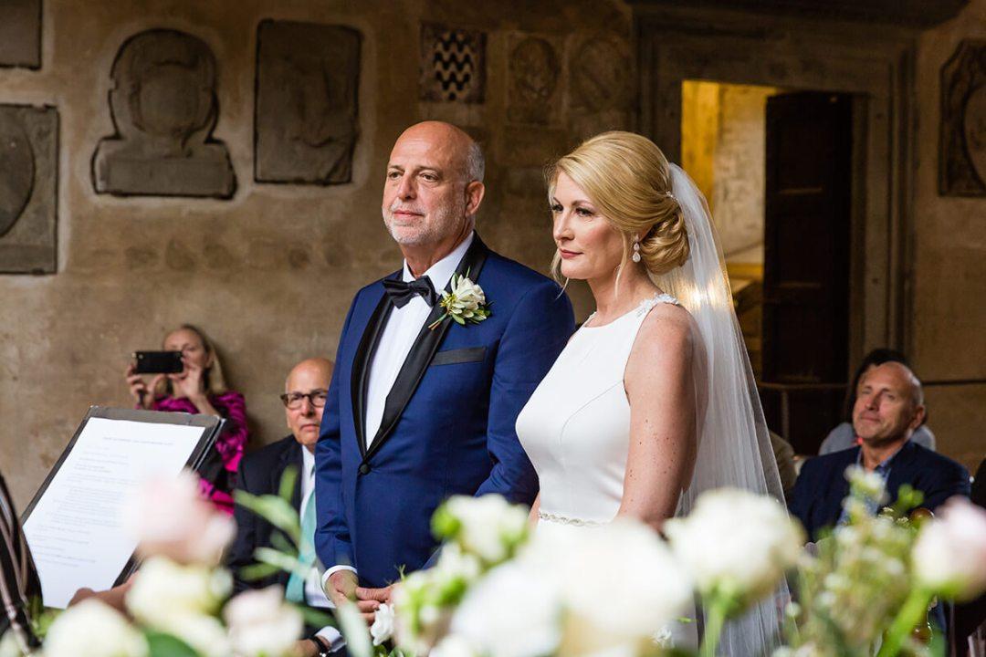 wedding in the vicar's palace courtyard of Certaldo
