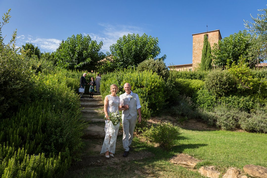 farmhouse for weddings in Tuscany