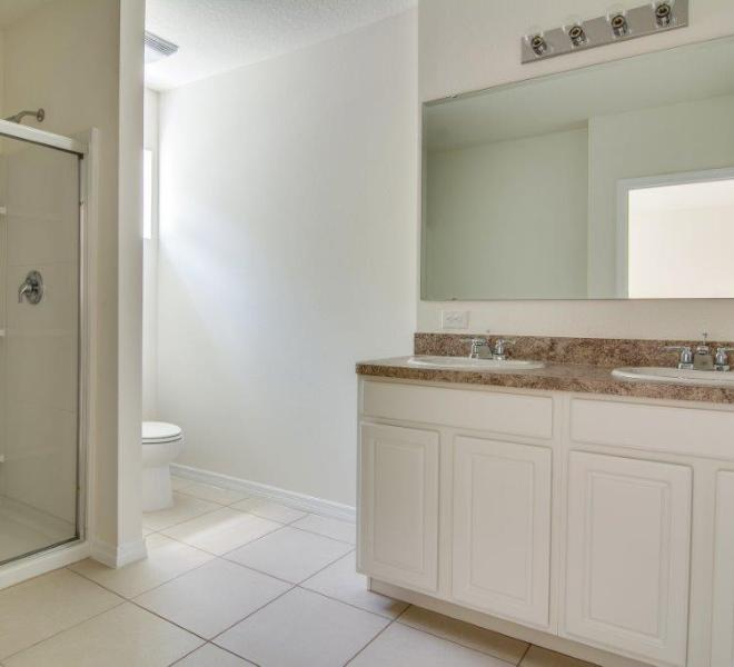 3429 Seneca - Captiva Master Bathroom 2