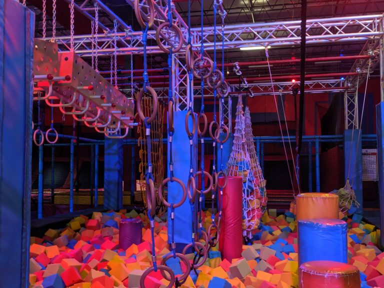 Review of Planet Obstacle: Trampolines, zip lines and giant slides, oh my!