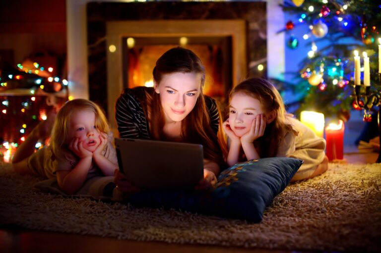Holiday Movies to Watch on Netflix