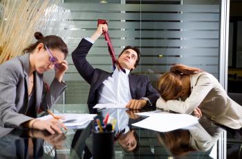 15 Sinais de que Sua Qualidade de Vida no Trabalho está Péssima! E como mudar isso!