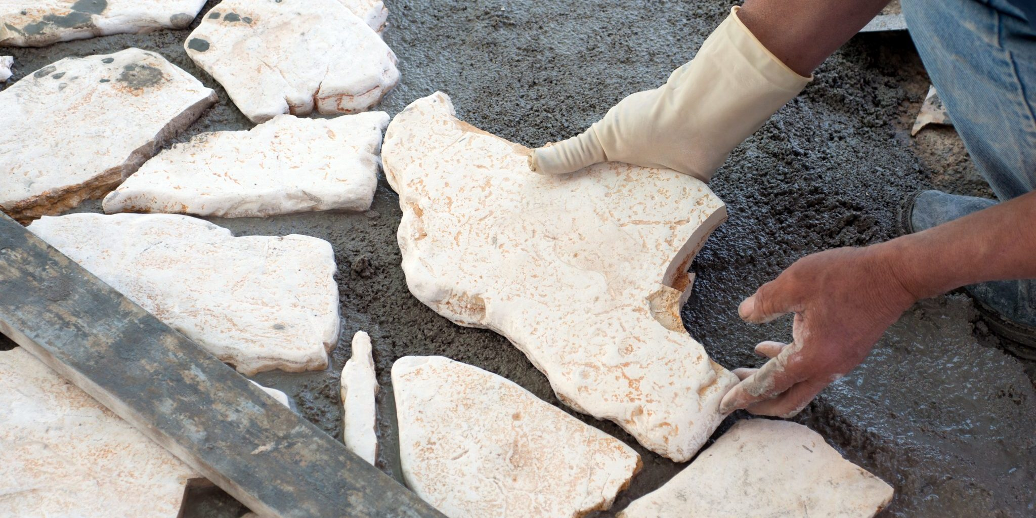 how to build a flagstone patio in