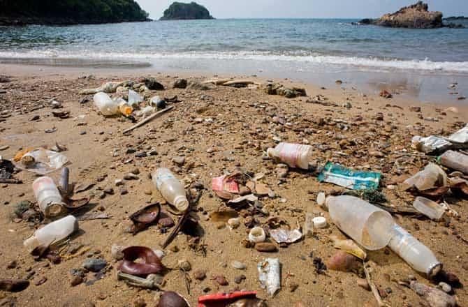 Resultado de imagen para Basura en playas
